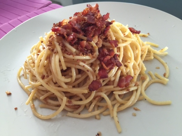 aglio olio spaghetti with bacon & breadcrumbs